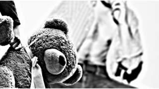 Tata trzy lata gwałcił swojego syna. W więzieniu spędzi tylko 2 lata