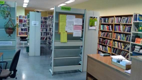 ksiądz, biblioteka, Harry Potter