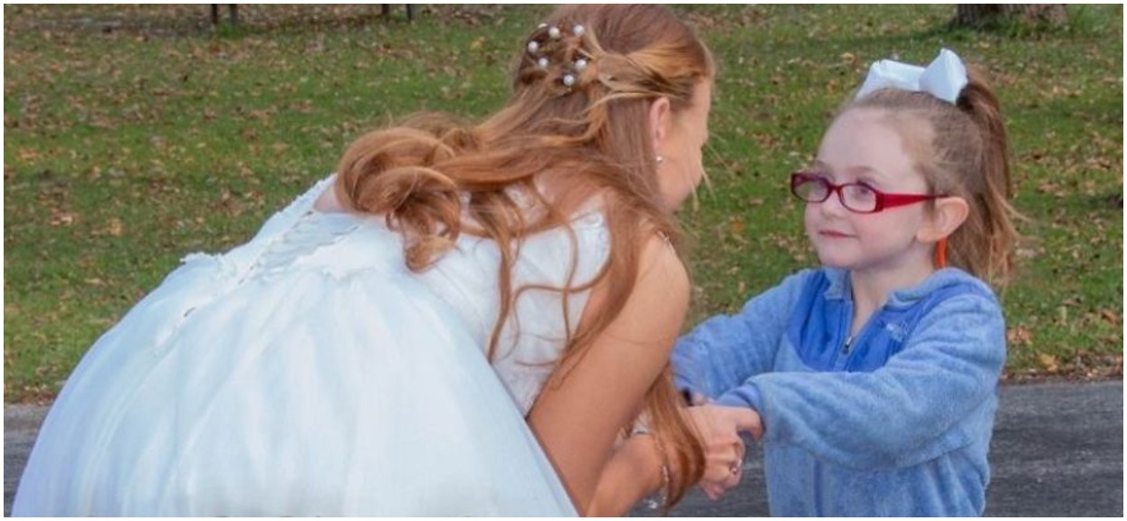 Chora 5-latka pomyliła pannę młodą z księżniczką. Ta postanowiła udawać, a potem zrobiła niesamowitą rzecz, coś pięknego