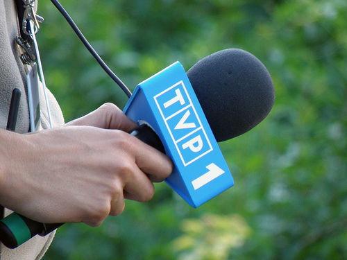 Znany dziennikarz TVP skazany na więzienie. Dopuścił się haniebnych czynów