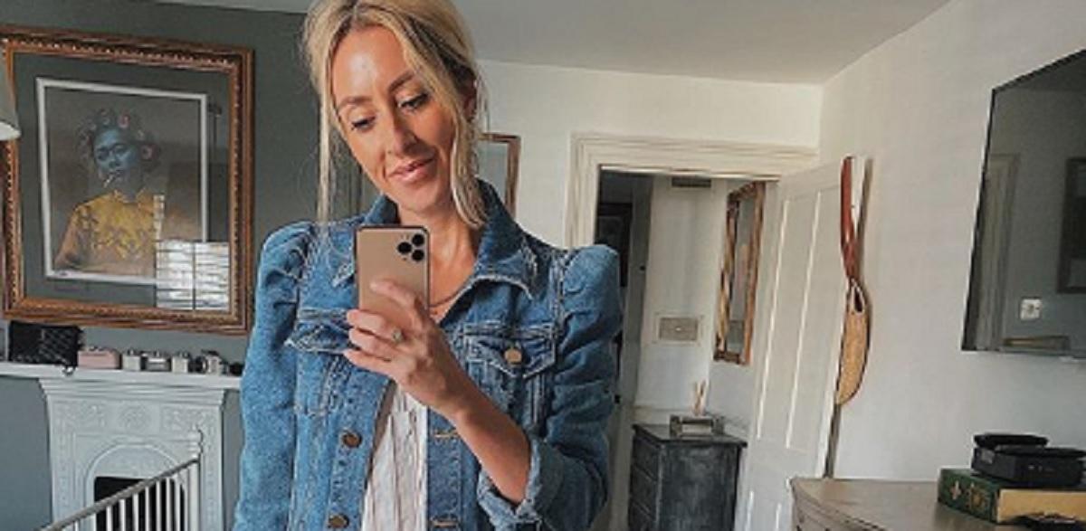 Ta kurtka to absolutny hit jesieni 2019! Została całkowicie wykupiona ze sklepów w dwa dni, każda kobieta chce ją mieć w swojej szafie