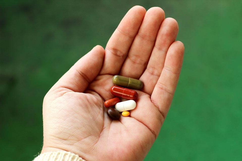 GIF wycofuje popularny lek na żołądek, który każdy Polak ma w swoim domu. Natychmiast go wyrzućcie