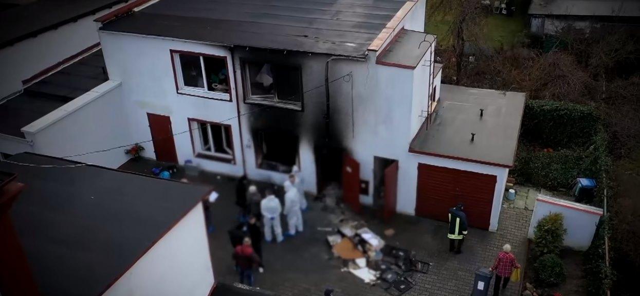 Pięć nastolatek zginęło w pożarze. Ich rodzice porozwieszali po całym mieście wiadomości, które chwytają za serca