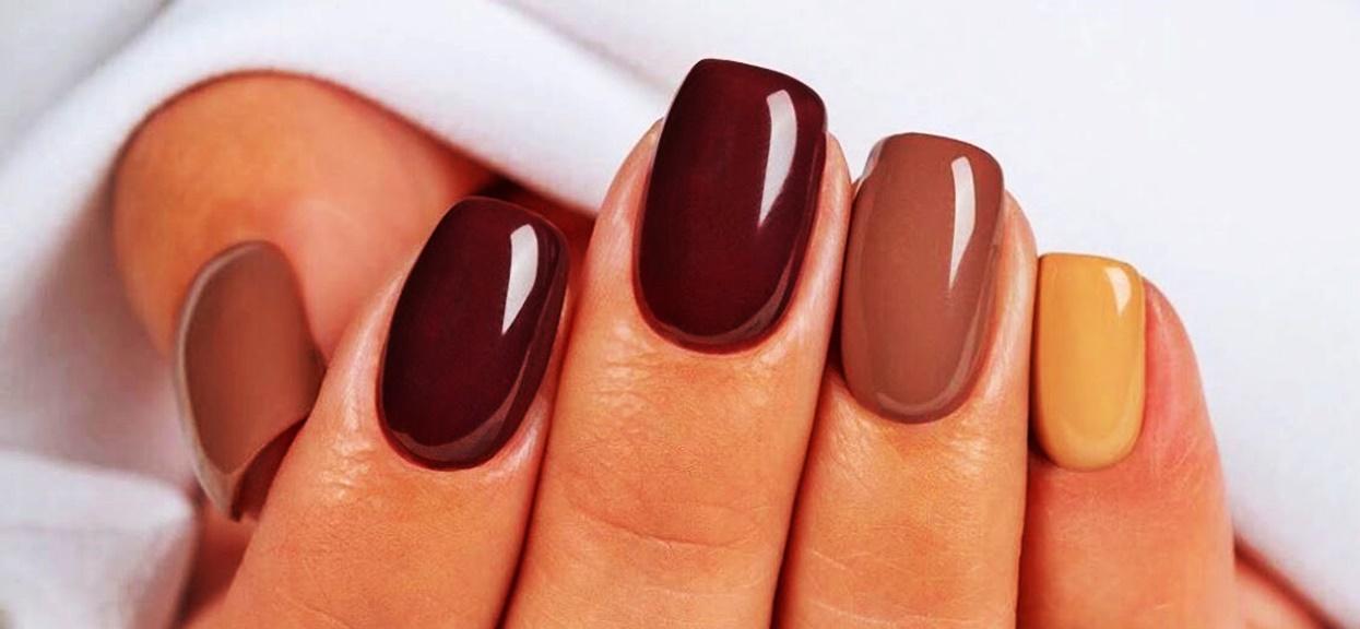 Kolor paznokci hybrydowych wiele mówi o kobiecie. Posiadaczki czerwonego i czarnego manicure'u mają powody do dumy