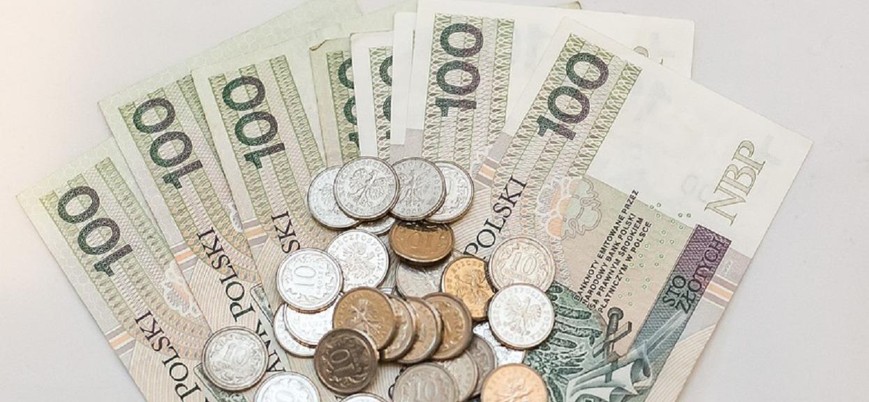 500 plus się zmieni? 600 zł dla pracujących, 400 dla bezrobotnych