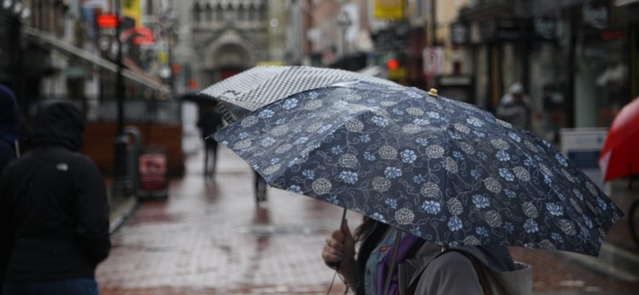 Wszyscy myśleli, że pogoda w weekend będzie bajeczna. W 3 województwa zrobi się groźnie, IMGW ostrzega