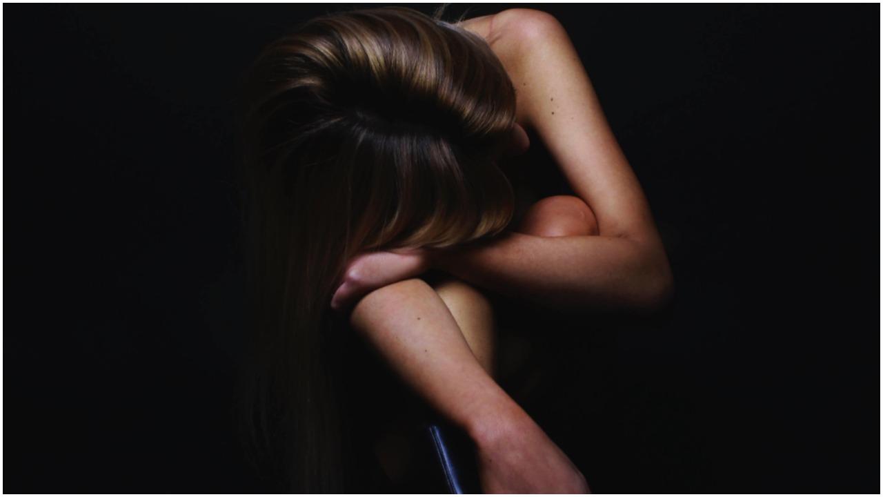 Tata przez lata gwałcił swoje nieletnie córki. Jedna urodziła 6 dzieci, które też wykorzystywał seksualnie
