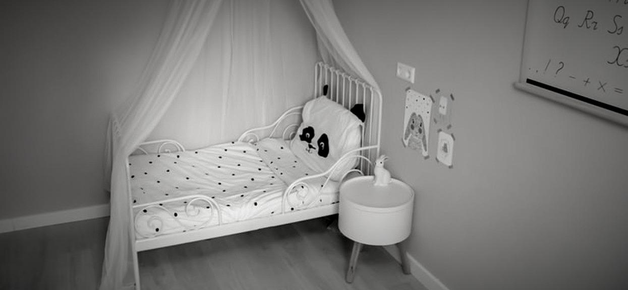 Gdy tata zasnął, wszedł do pokoju jego bezbronnych córek i zrobił coś okropnego. Najbardziej przeraża jednak jego tożsamość