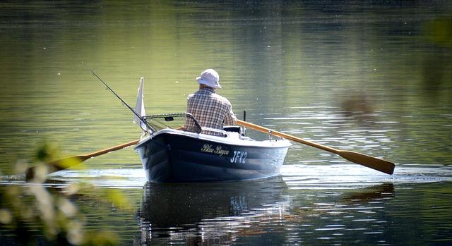 28-latek poszedł z dziadkiem na ryby. W jednej chwili ich życie zawisło na włosku, niestety spełnił się najczarniejszy scenariusz
