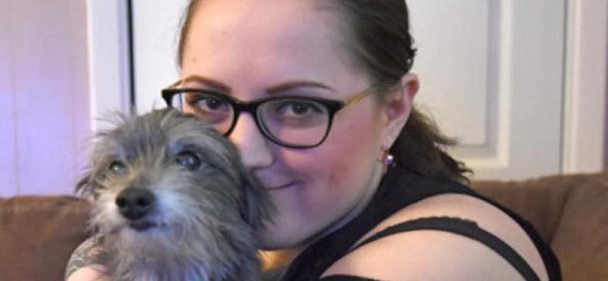 Adoptowała psa ze schroniska i zabrała go do weterynarza. Wtedy przekazał jej wiadomość, która nią wstrząsnęła
