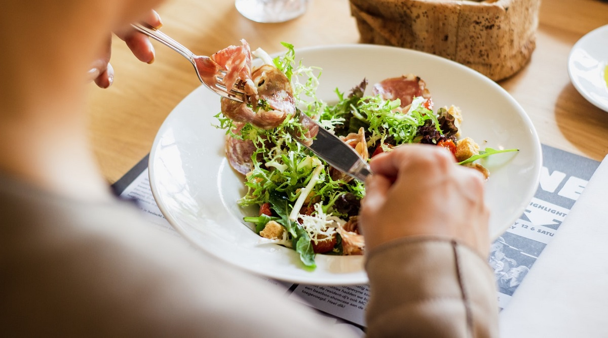 Dietetycy zabierają głos. Jeśli chcesz schudnąć, wystarczy że przestaniesz sięgać po kilka produktów