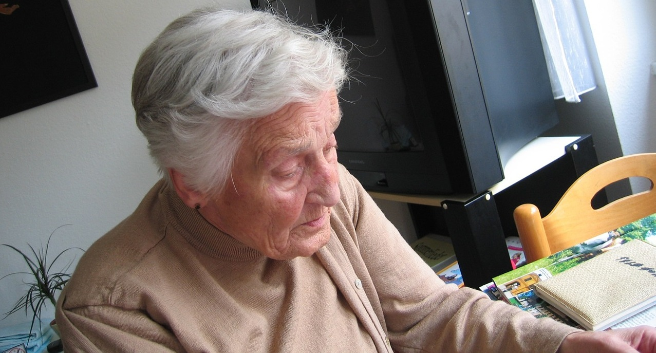 Seniorzy będą wściekli, 13. emerytura nie zostanie wypłacona tak, jak wszyscy myśleli. Wiadomo, dlaczego