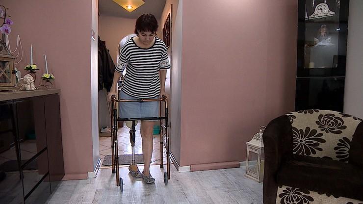 Pani Iwona zgłosiła się do szpitala z bolącą nogą, została odesłana. Kilka dni później trzeba ją było amputować