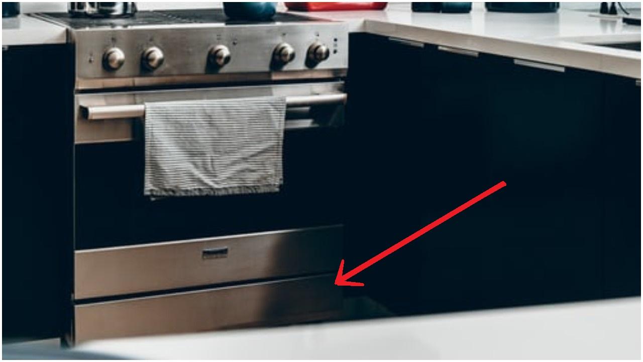Masz taką szufladkę pod piekarnikiem? Większość ludzi jest onieśmielonych, kiedy dowiaduje się, do czego ona tak naprawdę służy
