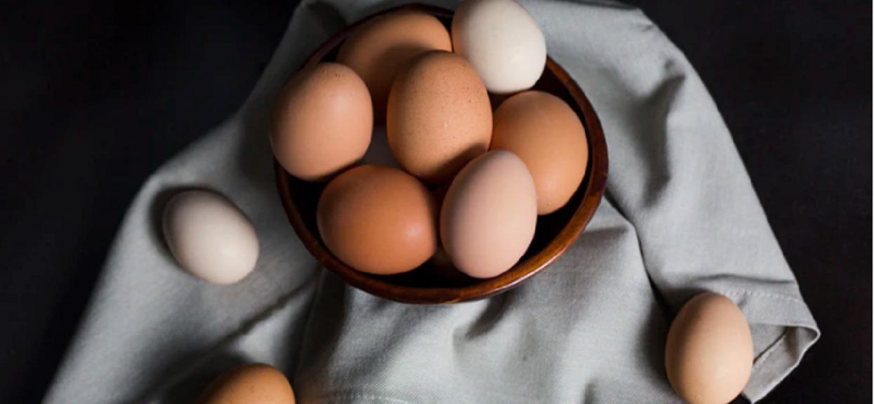Chciał zjeść rekordową liczbę jajek. Nie żyje
