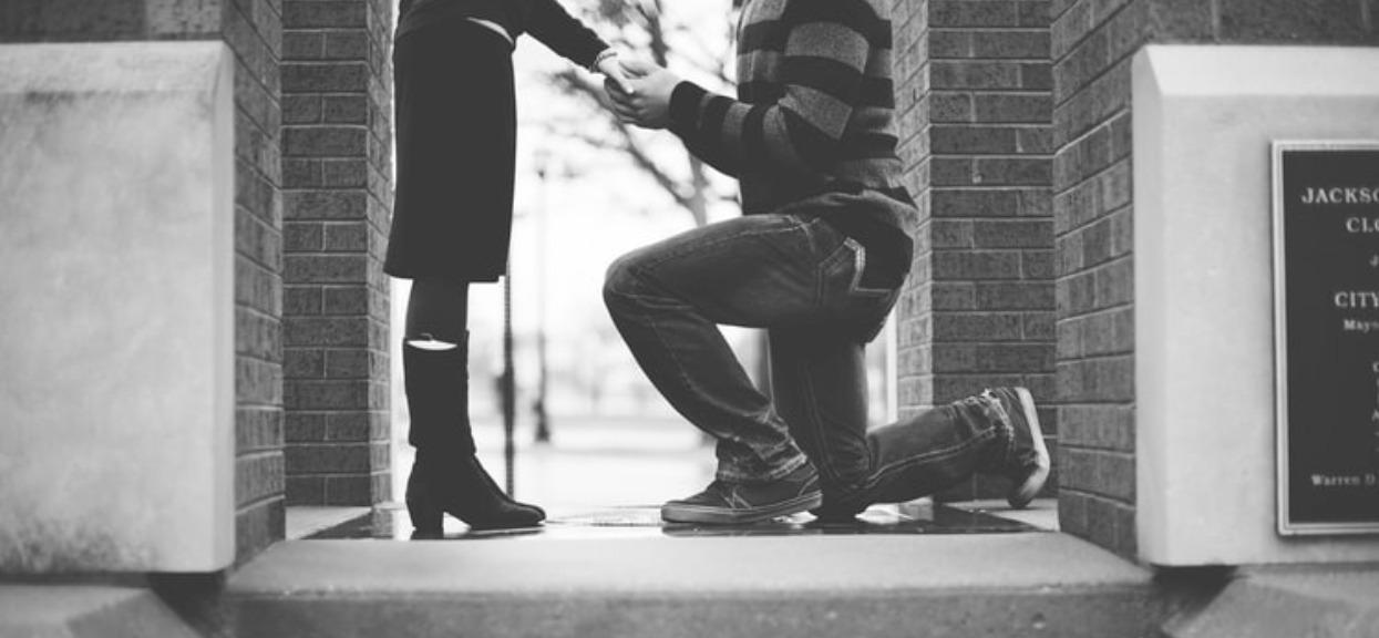 Wyznała, że po ślubie rzuci pracę i ujawniła, jak będzie zarabiała. Narzeczony już żałuje oświadczyn
