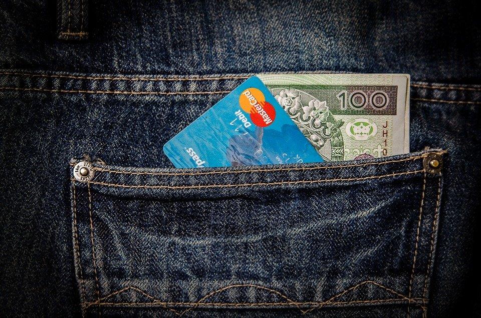 Szykują się ważne zmiany, będzie limit na płacenie gotówką. Ustalono kwotę, której nie będzie można przekroczyć