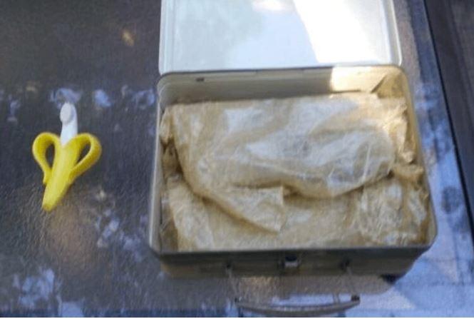 W nowo zakupionym domu znaleźli tajemniczą walizkę. Kiedy ją otworzyli, przecierali oczy ze zdumienia