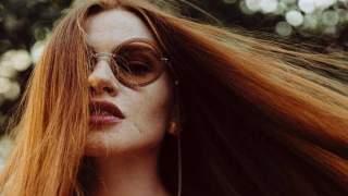Do niedawna włosy wypadały jej garściami. Dzisiaj ma najpiękniejszą fryzurę na świecie, zdradziła swój sekret