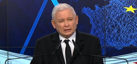 Jarosław Kaczyński i ciężka noc