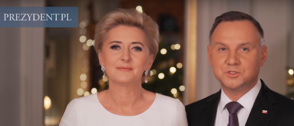 Agata Duda nagrała życzenia dla Polaków. Jej stylizacja zwala z nóg