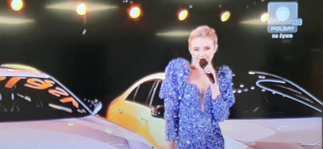 Ciśnienie musiało skoczyć wszystkim widzom na widok Barbary Kurdej-Szatan w błyszczącej sukience. Ale to Paulina Sykut-Jeżyna liśni najjaśniej
