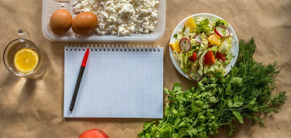 Włączając do diety 2 popularne produkty usunęła aż 9 kg zalegających w organizmie nieczystości. Zmiana powala