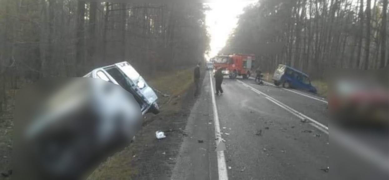 Uwielbiany wokalista disco polo przewieziony do szpitala, z samochodu został tylko wrak. Porażające zdjęcia z tragedii