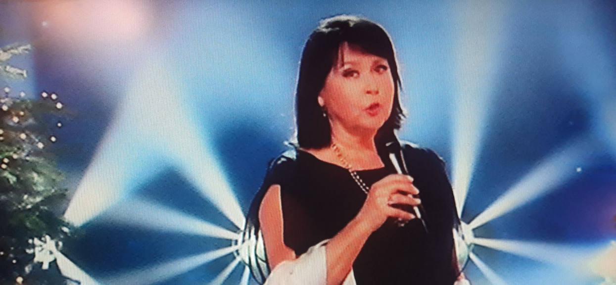 """Od tej strony jej nie znaliśmy, Elżbieta Jaworowicz zaśpiewała w """"Jaka to melodia"""". Gdy otworzyła usta publiczność zamarła"""