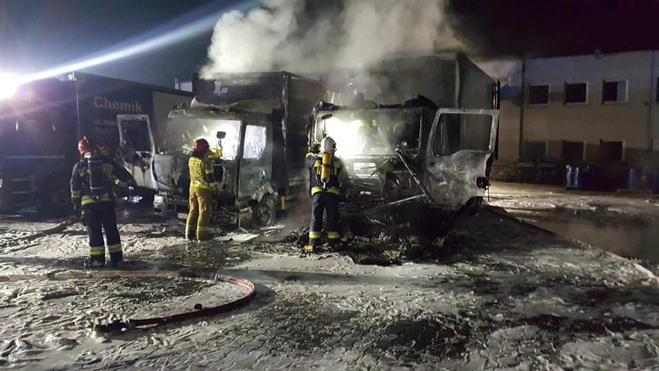 Nocne eksplozje na zachodzie Polski! Służby postawione na nogi, płomienie i gęsty dym widoczne z oddali