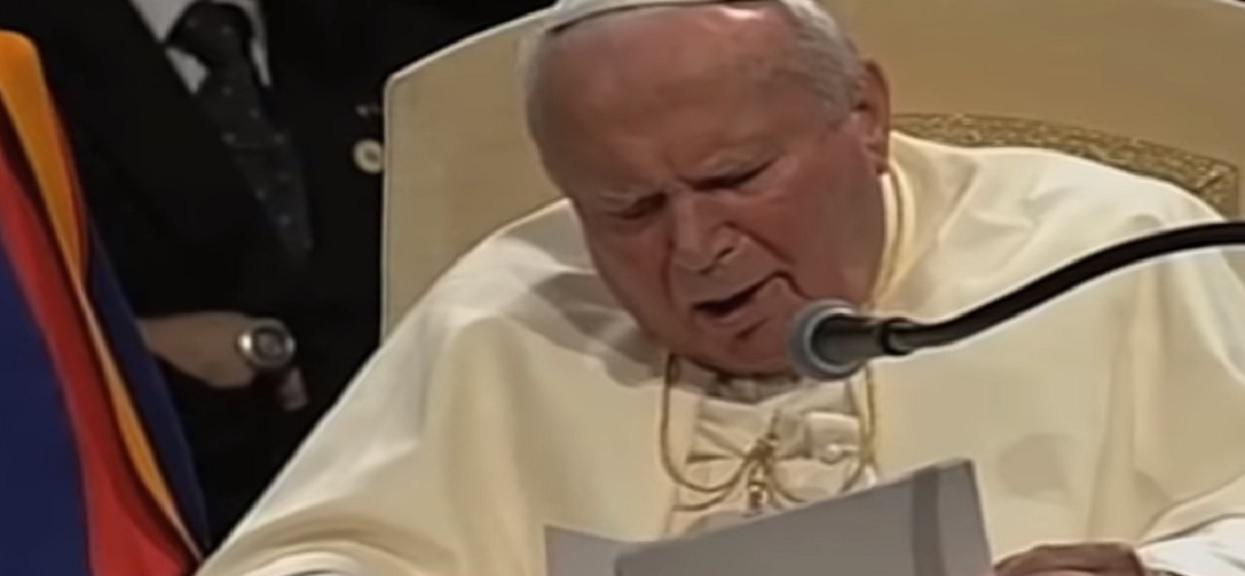 Trafnie przewidziała zamach na Jana Pawła II. Jej przepowiednia na rok 2020 mrozi krew w żyłach