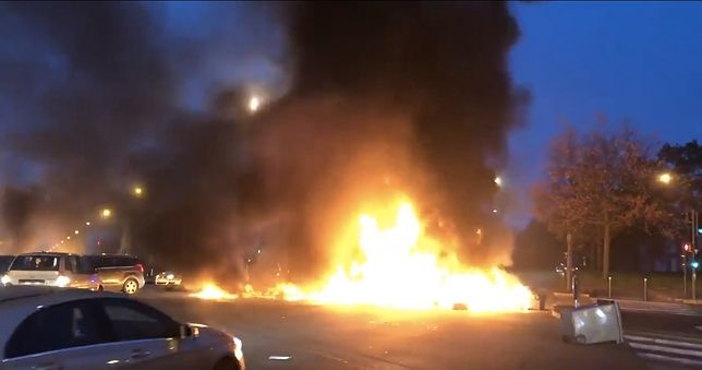 Polscy kierowcy zagranicą w płonącej pułapce. Dramatyczne pilne doniesienia