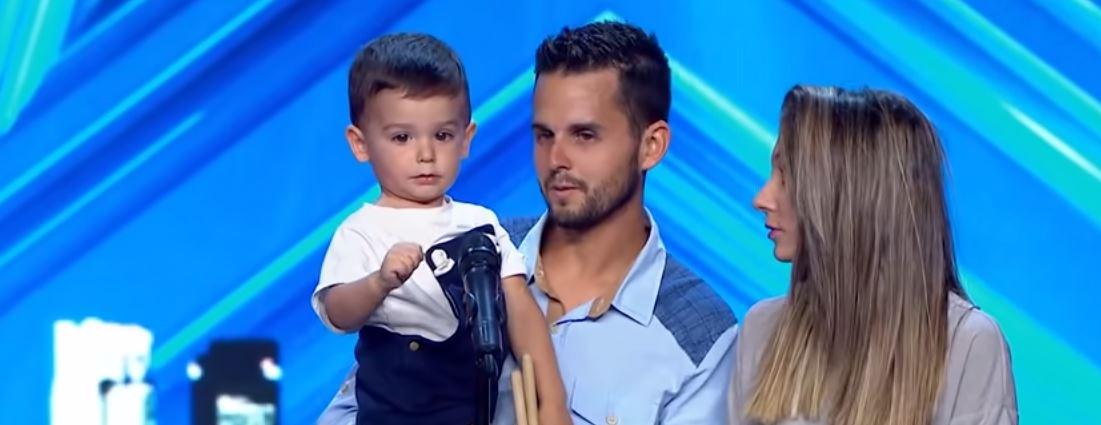"""Jurorom opadły szczęki, kiedy na scenę wszedł najmłodszy uczestnik w historii """"Mam Talent"""". Jego zdolności są porażające"""