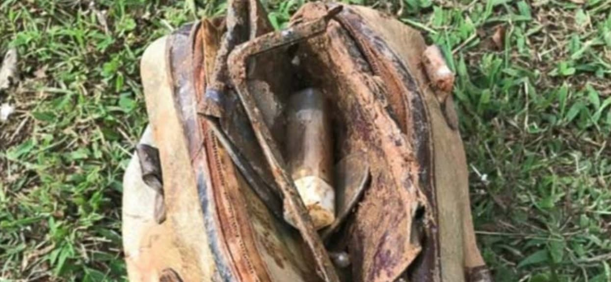 11-latek dokonał nieprawdopodobnego odkrycia. Zajrzał do torebki sprzed 25 lat i szczęka mu opadła