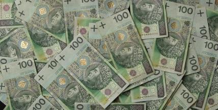 Seniorzy mogą dostać nawet 10 tysięcy złotych do emerytury! Wystarczy spełnić jeden warunek