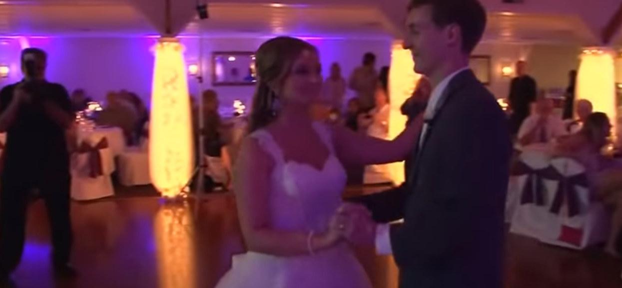 To miał być zwykły pierwszy taniec. Nagle para młoda zrobiła niebywałą rzecz, wszyscy goście przecierali oczy ze zdumienia
