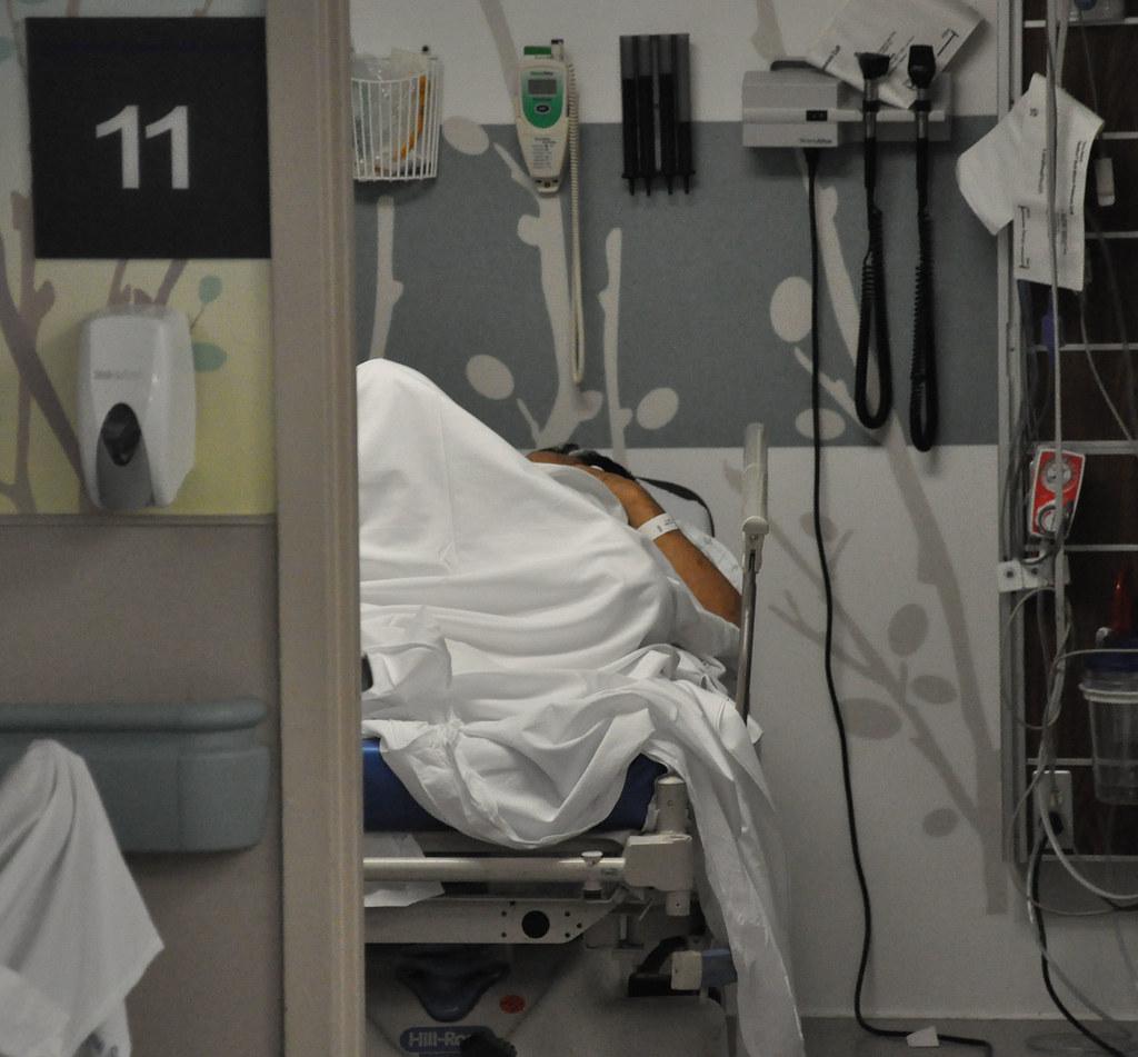 """Gwiazda """"Top Model"""" ciężko pobita, wylądowała w szpitalu. Drastyczne zdjęcie zaskoczyło przerażonych fanów"""