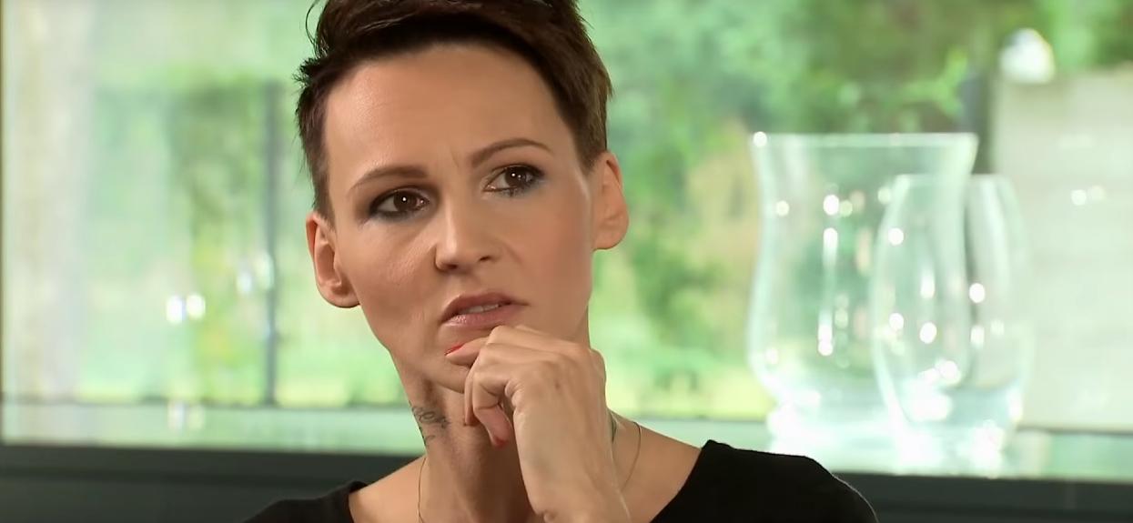 Agnieszka Chylińska z oszpeconą twarzą. Fani nie mogą patrzeć spokojnie, zagotowali się