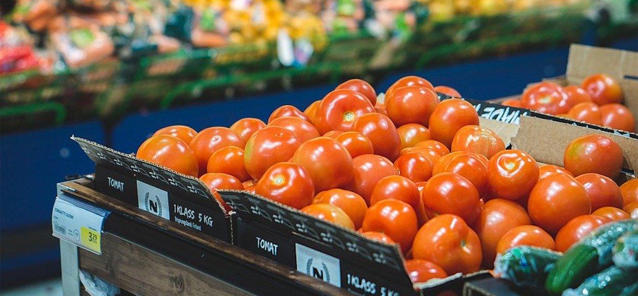 Prawda o owocach i warzywach z marketu sprawia, że odechciewa się jeść. Producenci o tym nie mówią, ale są skażone