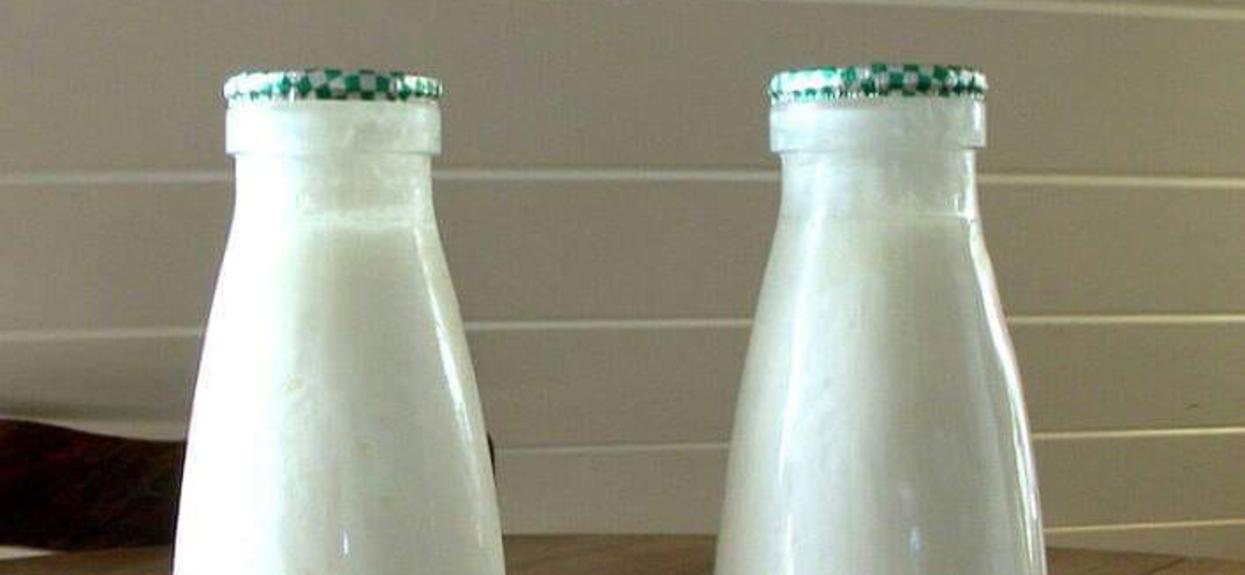 Pamiętacie mleko i kefir w butelkach?