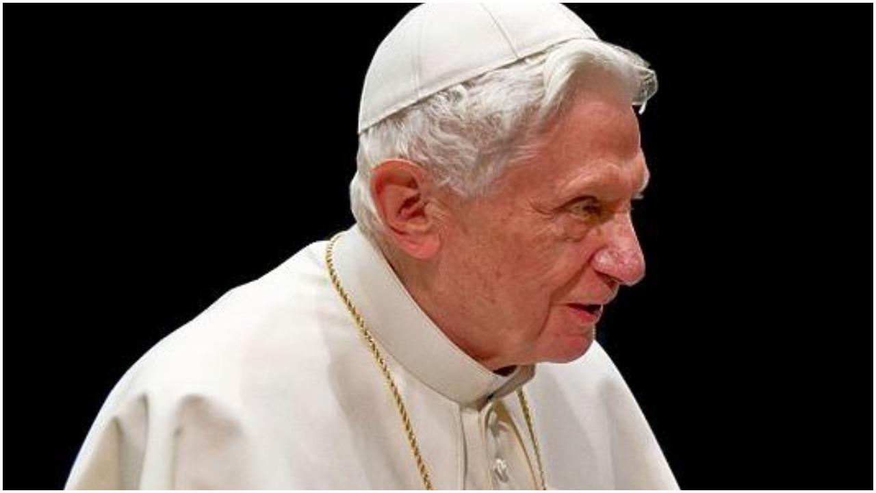 Kościół zadrżał w posadach. Benedykt XVI ostro upomniał papieża Franciszka
