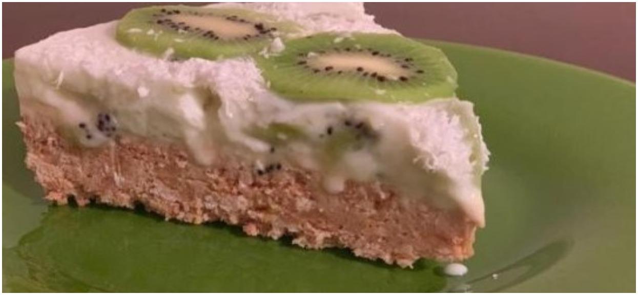 Lekkie i puszyste ciasto bez pieczenia po prostu rozpływa się w ustach. Prosty przepis na niebo w gębie