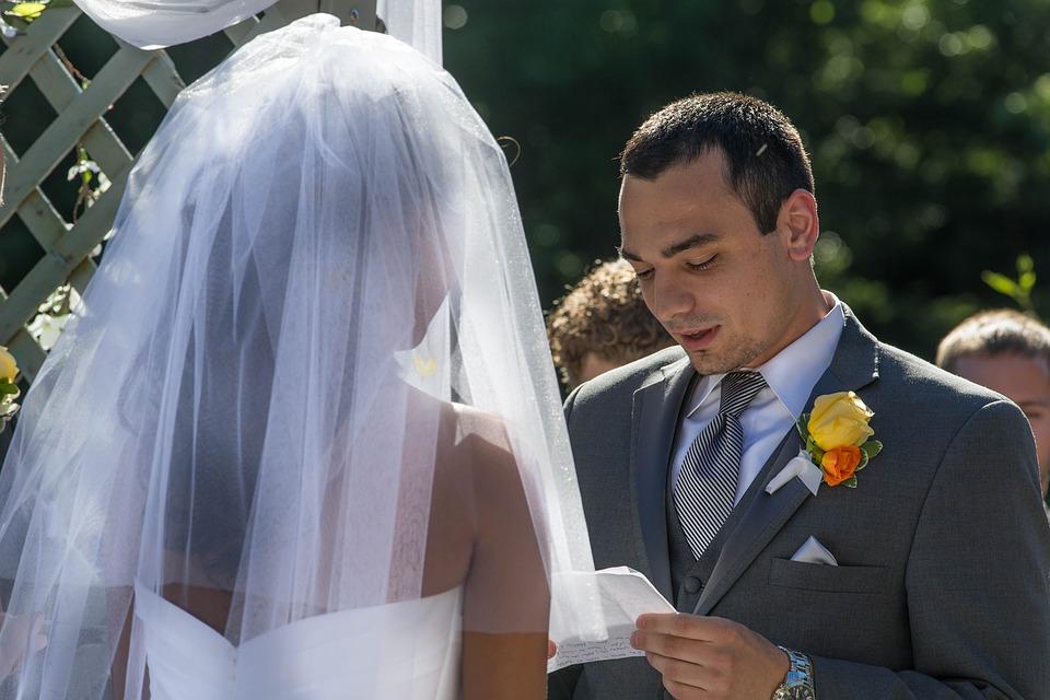 Ojczym sfinansował córce wesele. Tuż przed ślubem wydarzyła się rzecz, która zrujnowała całą rodzinę