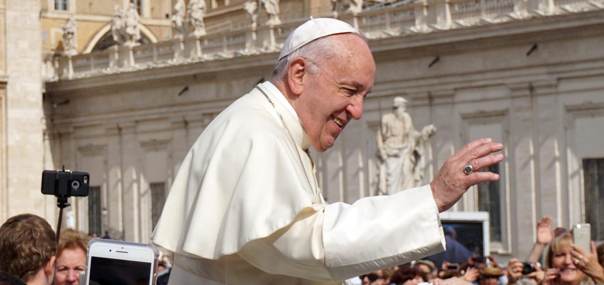 Papież Franciszek pobił wszystkich na głowę. Czegoś podobnego nie było w Watykanie od ponad 400 lat