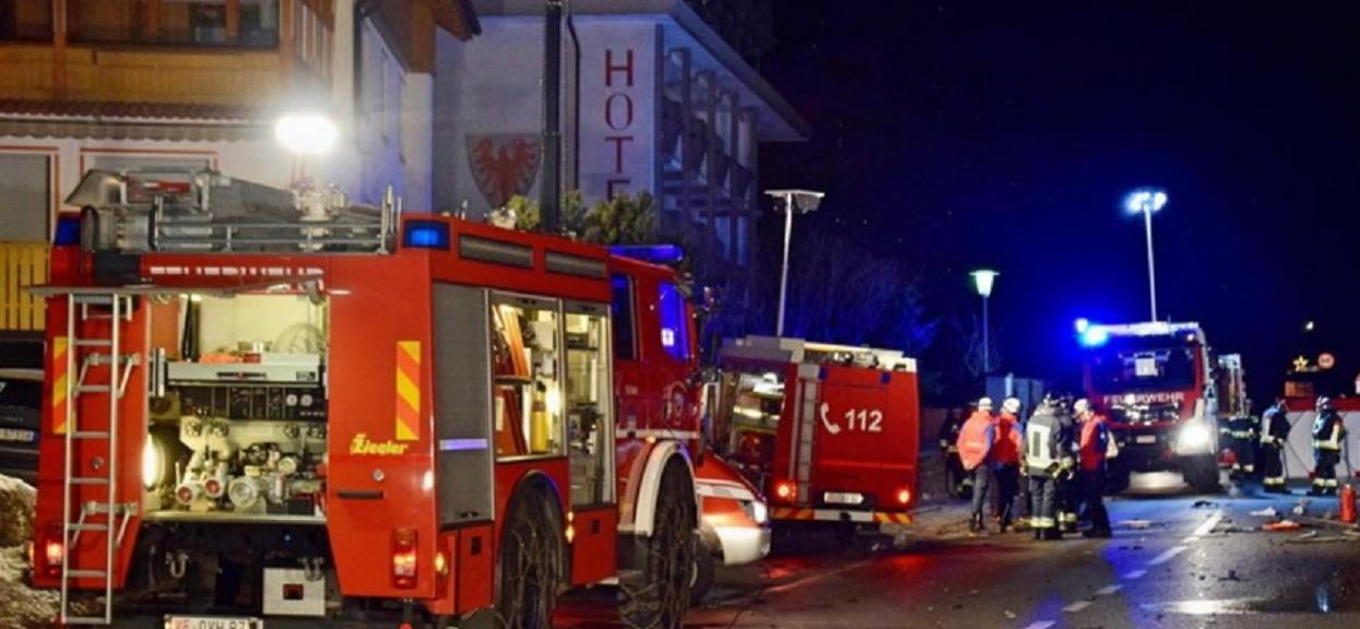 6 osób nie żyje, 11 rannych. Wjechał z impetem w grupę ludzi, był pijany