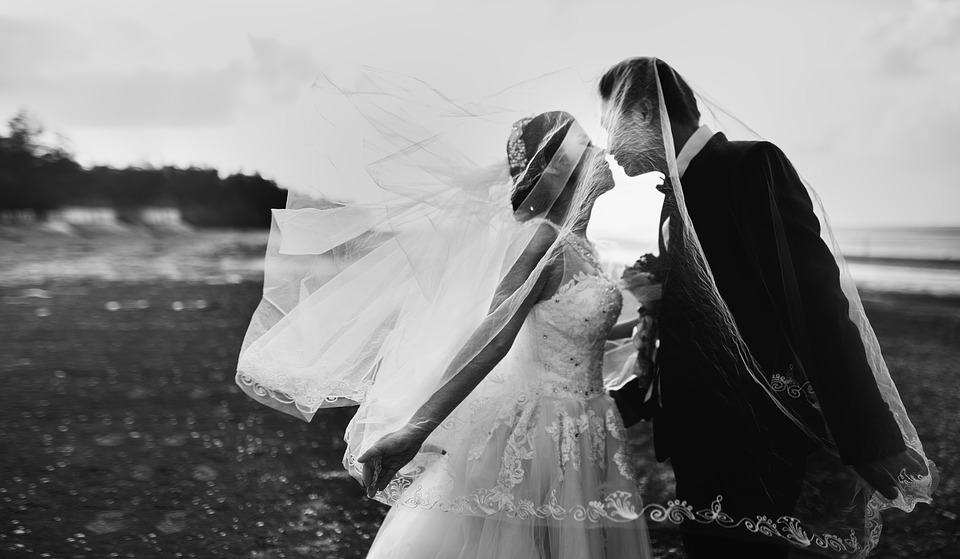 Trzy pary poleciały na ślub. Wszyscy zginęli na miejscu