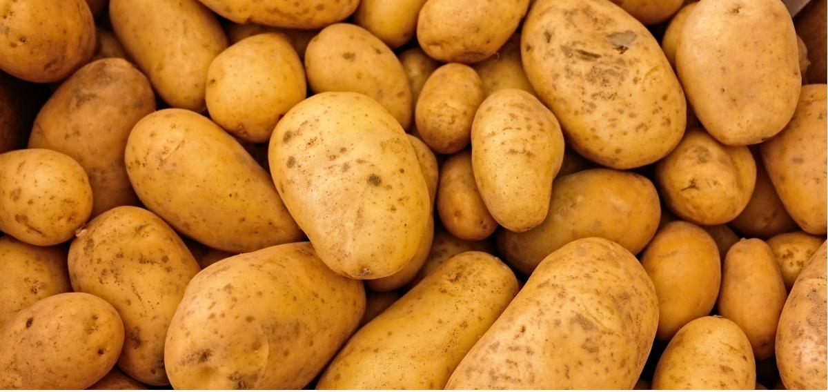 Jeśli ziemniaki gotujesz w ten sposób, natychmiast przestań. Prawie każdy popełnia poważny błąd