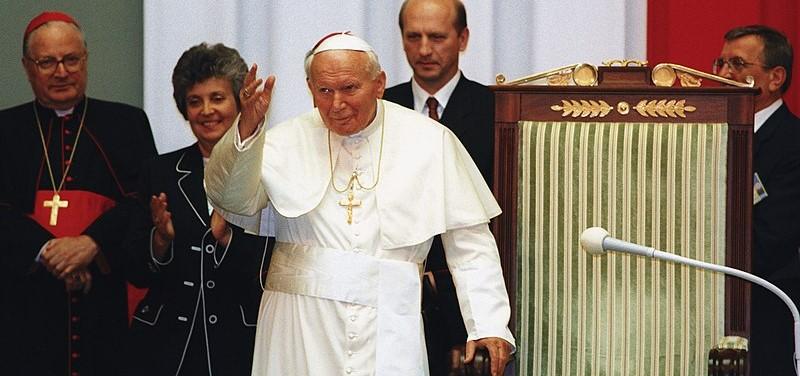 Po latach na wierzch wyszedł skandal ws. śmierci Jana Pawła II. Media o tym milczały