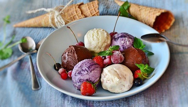 Lody tradycyjne czy owocowe sorbety, które wolicie?