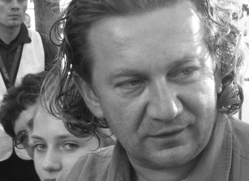 Do sieci wyciekło nieznane zdjęcie Pawła Królikowskiego. Nie da się oderwać wzroku